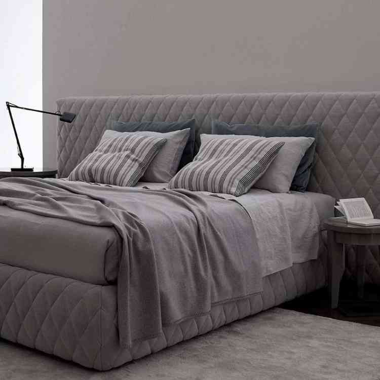 Tuyo Diamond Bed from Meridianiat Pure Interiors