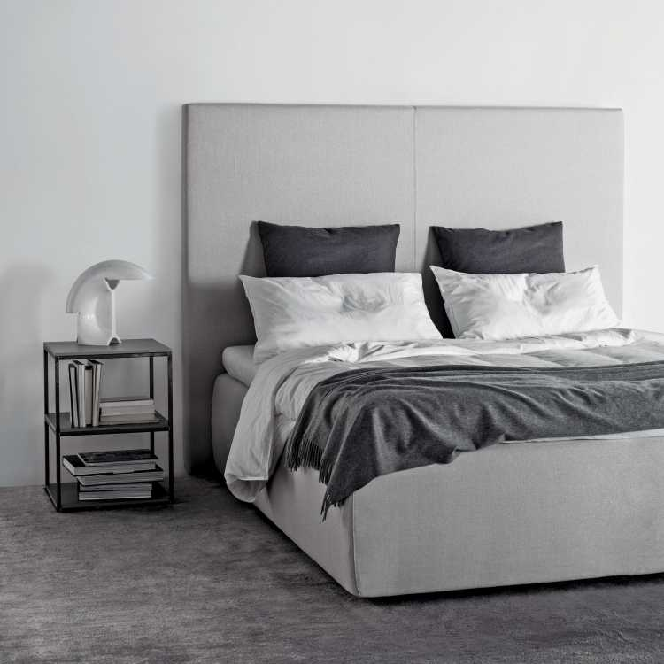 Tuyo Plain Bed from Meridianiat Pure Interiors