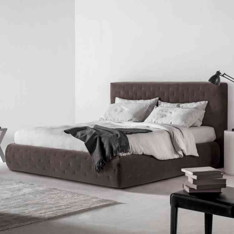 Tuyo Quilt Bed from Meridianiat Pure Interiors