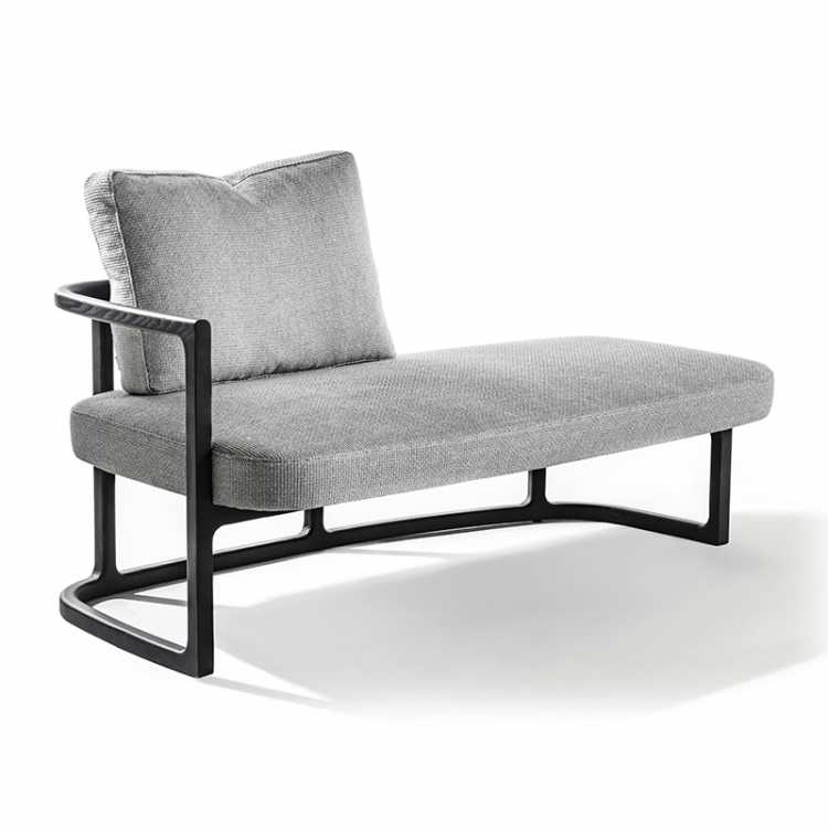 Romain chaise longue from Poradaat Pure Interiors